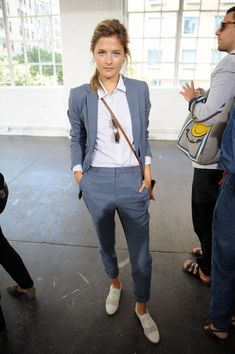 Louisa Gummer in Steven Alan Presentation Mercedes-Benz Fashion Week Spring 2015 Source by lisabet_t Lesbian Outfits, Tomboy Outfits, Business Casual Outfits, Professional Outfits, Mode Outfits, Chic Outfits, Fashion Outfits, Fashion Ideas, Fashion Tips