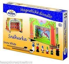Detoa Magnetic Pretend Theater Snow White Princess 2 settings 6 wooden figures