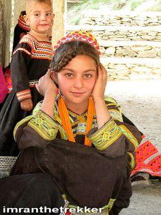 Kalash girls, Hindukush
