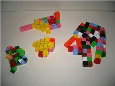 Els policubs són peces cúbiques de plàstic que es poden unir entre sí per diverses cares. Així poden construir-se models de cossos geomètrics tridimensionals complexos. En aquesta fitxa presentem aquest recurs així com una proposta d'aplicació didáctica del mateix i un guió preparat per portar a l'aula.