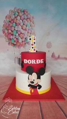 Mickey mouse cake by Zaklina Minnie Cake, Mickey Cakes, Mickey Mouse Cake, Baby Birthday Cakes, Cake Decorating Techniques, Mouse Parties, Cute Cakes, Amazing Cakes, Pastries
