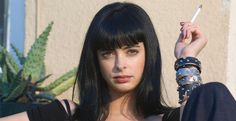 Krysten Ritter - the star of the upcoming Marvel/Netflix series 'AKA Jessica Jones' - says she's 'hooked' on the comic books on which her series is based. Jessica Jones Netflix, Jessica Jones Marvel, Krysten Ritter Breaking Bad, Sadie Sink, Female Hero, Jessie, Beautiful Women, Pure Products, People