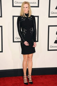 Nicole Kidman Wearing Mugler at 2015 Grammy Awards in Los Angeles