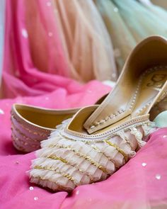 Ideas bridal shoes flats sandals heels for 2019 Best Bridal Shoes, Bridal Sandals, Wedding Shoes, Shoes Flats Sandals, Heels, Indian Shoes, Shoe Collection, Indian Outfits, Designer Shoes