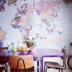 Paredes decoradas con mapas http://lovelymishmash.wordpress.com/2013/10/08/paredes-decoradas-con-mapas/