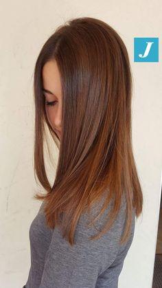 Women Hairstyles For Fine Hair Hair Lights, Light Hair, Brown Hair Color Shades, Brown Hair Colors, Chic Short Hair, Red Hair Inspiration, Joelle, Hair Color Auburn, Haircut And Color
