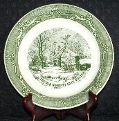 Royal China Currier & Ives Old Homestead In Winter Pie Plate