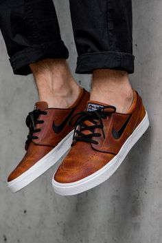 b27f8ab17fa93 Mens Fashion Sneakers. In search of more information on sneakers  Then  please click here