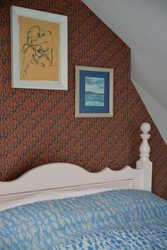 Brushwood Bark wallpaper and Waterlake blanket