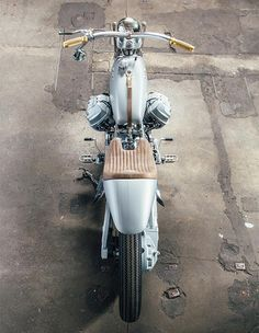 Silver Knight winner Lord of the Bikes - Moto Guzzi #custommotorcycles #motoscustom | caferacerpasion.com