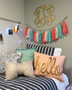 Kate Spade #dormlife little style session from SFASU this weekend! #goldglitter  #katespade #glamchic #axeemjacks