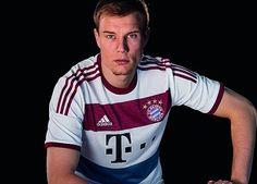 0a25992714c1 FC Bayern Munich 2014 15 adidas Away Kit. Holger BadstuberWorld ...