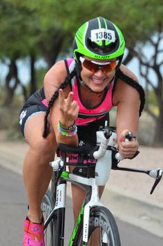 If you're not having FUN...Why are you doing it✌️ @RunTriMom #heavyglare https://shop.heavyglare.com/activities/triathlon-eyewear/