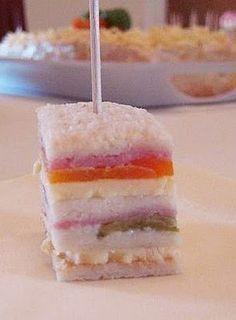 Mini sanduiche prensado