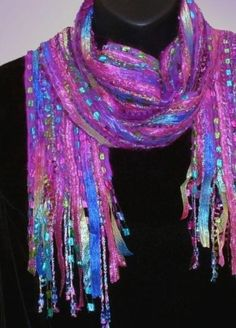 fiber art scarf - what yo do with ribbon yarn Fabric Art, Fabric Crafts, Woven Scarves, Art Yarn, Nuno Felting, Fabric Manipulation, Felt Art, Wearable Art, Fiber Art
