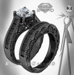 46 Ideas For Wedding Rings His And Hers The Nightmare Before Christmas Gothic Wedding Rings, Big Wedding Rings, Wedding Jewelry, Gold Wedding, Wedding Black, Trendy Wedding, Wedding Bands, Mister Jack, Nightmare Before Christmas Rings