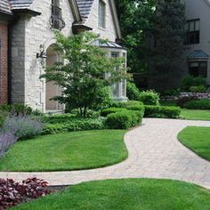 1000 images about foundation planting ideas on pinterest for Foundation planting plans
