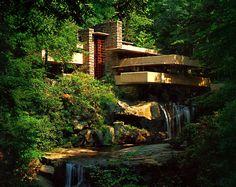Fallingwater/Kaufmann Residence (Pennsylvania) by Franklin Lloyd Wright.