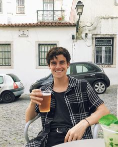 """connor franta on Instagram: """"i think this was from day one in portugal? a rare relaxed connor caught on camera 🍻🤙🏻"""" Jack Harries, Caspar Lee, Ricky Dillon, Joey Graceffa, Kian Lawley, Jc Caylen, Connor Franta, Joe Sugg, Tyler Oakley"""