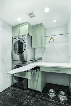 Awesome 35 Small Laundry Room Decorating Ideas https://homemainly.com/1147/35-small-laundry-room-decorating-ideas