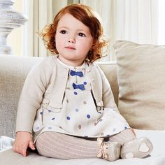Mayoral pays great attention to detail, and it shows in this fully lined Polka Dot Dress with pleating on the collar and sleeves, along the front, back, and completed with 2 blue bows. Also comes in P