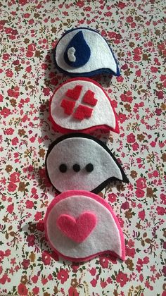 Anime Expressions Hair Clips Set of 4 by GeekTop on Etsy, $12.00