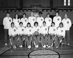 L'équipe féminine de basketball du Canada participe aux Jeux olympiques de Montréal de 1976. (Photo PC/AOC)