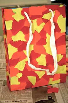 Red Leaf, Yellow Leaf nature tote from cereal box (can use as Fall Colors collage idea, too)