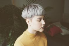 crymeasky: ✨ … - The Effective Pictures We Offer You About punk hair A quality Girl Short Hair, Short Hair Cuts, Pixie Cuts, Shot Hair Styles, Curly Hair Styles, Cut My Hair, New Hair, Bowl Haircut Women, Short Hairstyles For Women