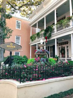 A Couples Winter Charleston Travel Guide