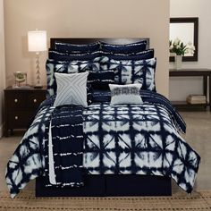 Comforter Sets For Teen Girls Queen Kids Boys King Size Bed Reversible Tie Dye Product Description: Crafted in a beautiful navy blue and white color, this 12 piece Tie Dye Plaid Comforter Set will add