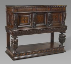 Elizabethan livery cupboard