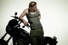 Charlie Hunnam by Mariamm787