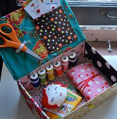 Child's Sewing Kit - This is a great DIY organization project to start good habits early on.