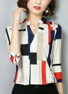 Color Block Cotton V-Neckline Sleeves BlousesShop Floryday for affordable Cotton Blouses. Floryday offers latest ladies' Cotton Blouses collections to fit every occasion. Girls Fashion Clothes, Fall Fashion Outfits, Look Fashion, Hijab Fashion, Blouse Styles, Blouse Designs, Casual Chic, Parfum Chic, Classy Outfits