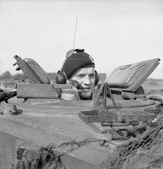 Caporal c. Potter (S. Potter), réservoir commandant Challenger de 15-19-20ème hussards 11ème Division blindée. Holland, 17 octobre 1944