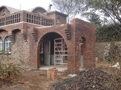 Alternative Building Construction in Tanzania: Catalan vaulted roof/ceiling