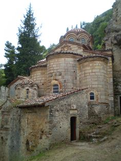 The Century Church and Monastery of Peribleptos, Mystras Mosques, Cathedrals, Mycenae, Early Middle Ages, Walled City, Cathedral Church, Ancient Ruins, Modern City, Medieval Castle