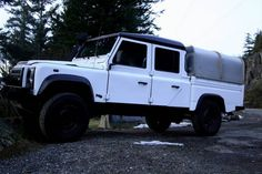 LAND ROVER DEFENDER 130 B&W EDITION (VANCOUVER BC)