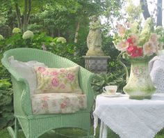 Aiken House & Gardens: Summer Porches - love this light green wicker chair! and pinks and greens. Aiken House & Gardens: Summer Porches - love this light green wicker chair! and pinks and greens. Outdoor Rooms, Outdoor Gardens, Outdoor Living, Dream Garden, Home And Garden, Summer Porch, Summer Days, Late Summer, Summer Garden