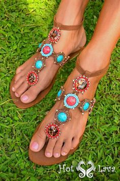 Franciskas Vakre Verden: Ny stor giveaway! Vinn sommerens lekreste sandaler fra Hot Lava!