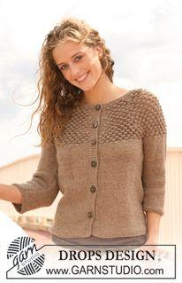 """DROPS jacket with yoke in berry pattern in 2 threads """"Alpaca"""". Size S - XXXL. ~ DROPS Design"""