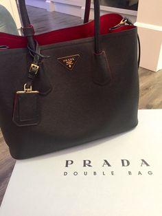 Réplica de Bolsa Prada Double Bag Preta - Linha TOP PREMIUM TOP PREMIUM  Réplica de Bolsa 31d8746bd8