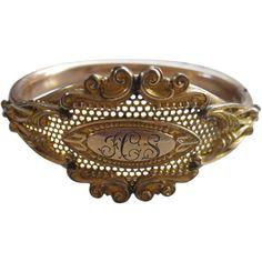 Antique Bangle Bracelet in Gold Fill     1908