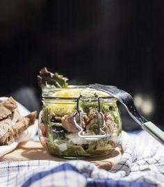 Thunfisch-Tomaten-Salat im Glas