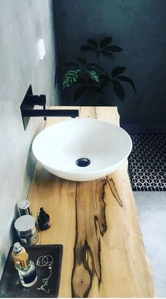 Last year, the ideas for the bathroom design of All White bathroom . - Last year, the ideas for the bathroom design of All White bathroom . Laundry In Bathroom, House Bathroom, Interior, Trendy Bathroom, All White Bathroom, Shower Room, Modern Bathroom, Bathroom Decor, Bathroom Inspiration