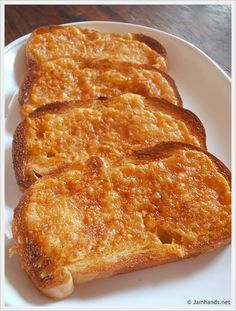 North Woods Inn Garlic Cheese Bread - The cheese spread would be good on other things like baked potatoes too.