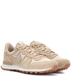 sports shoes 76be8 68aaf   Nike Internationalist suede sneakers. The color!  x- d