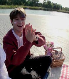 Boyfriend Pictures, Boyfriend Goals, Your Boyfriend, Incheon, Smile World, Rapper, Jeno Nct, I Miss Him, Jyj