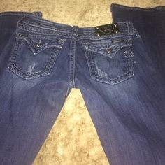 Miss me bootcut Miss me bootcut 29 waist inseam 33 3/4 a little fraying at bottom Miss Me Jeans Boot Cut